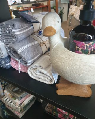 Open today 10am to 2pm ish! Beautiful items in store for homey comforts... Rubadubdub duck is seen here modelling our Monterey Romance Natural Hand Soap from our Manor Road range complimented by our gorgeous Turkish Murkish Turkish towels ❤  #dungog #ducks #turkishtowels #manorroad #angadshome #shoplocal #countrylife #inspiredbydesign #spring #bathroomdecor